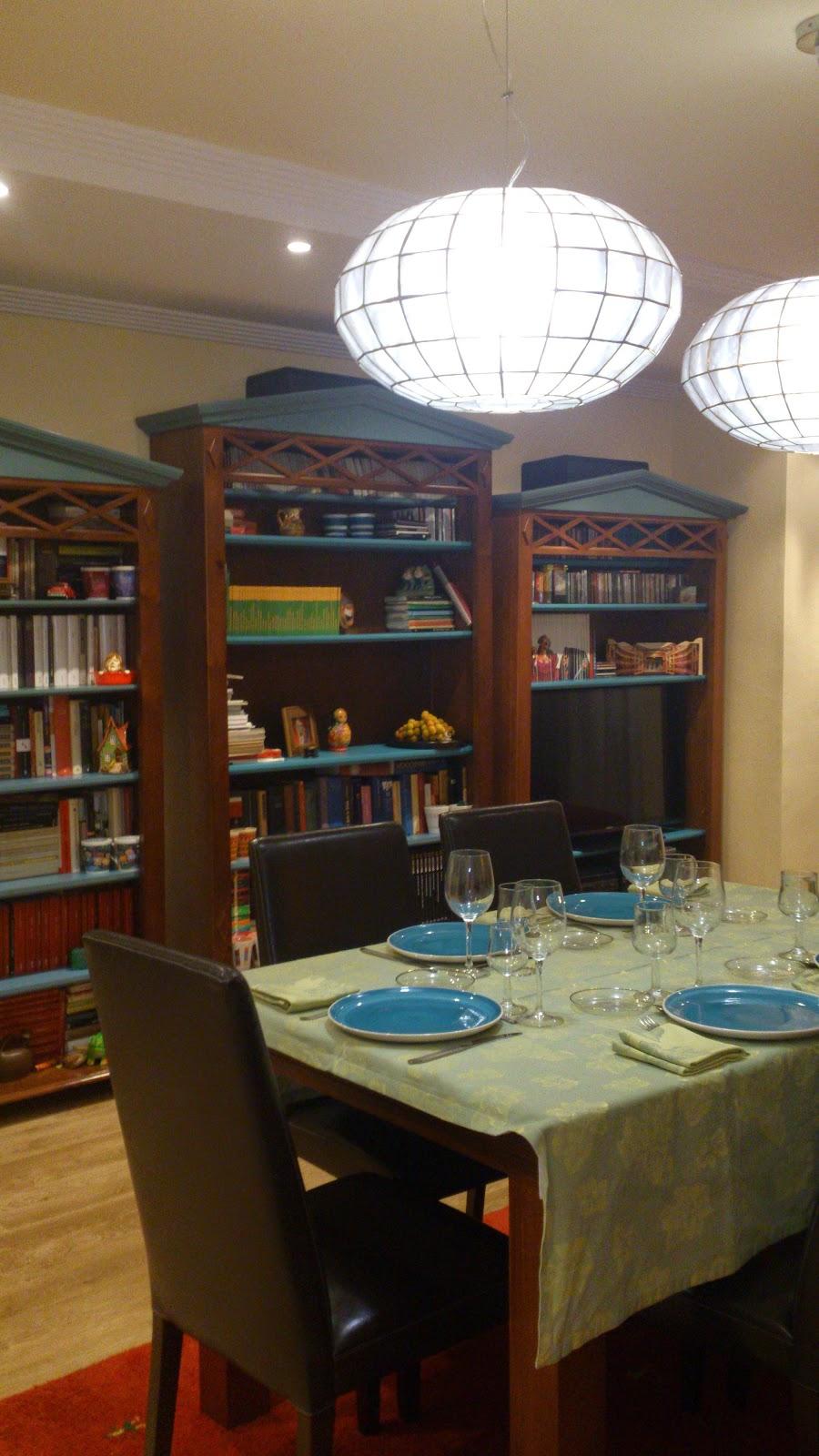 www.lolatorgadecoracion.es,salon comedor con muebles.
