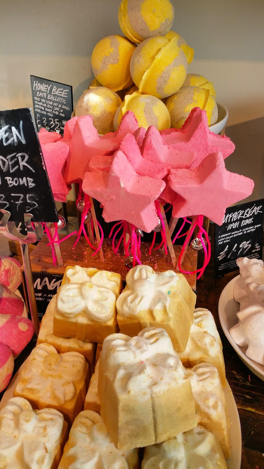 Christmas Time at Lush – Butterbears & Snow Fairies