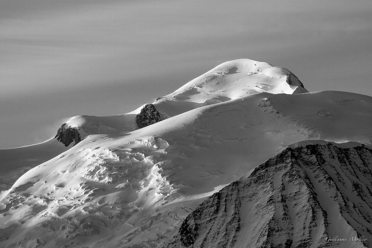 photos montagne panoramique nature montagnes en noir et blanc. Black Bedroom Furniture Sets. Home Design Ideas