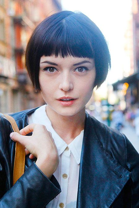 Peinados Rapado Lateral Mujer - Atrévete con el look más punk de las famosas con media cabeza rapada