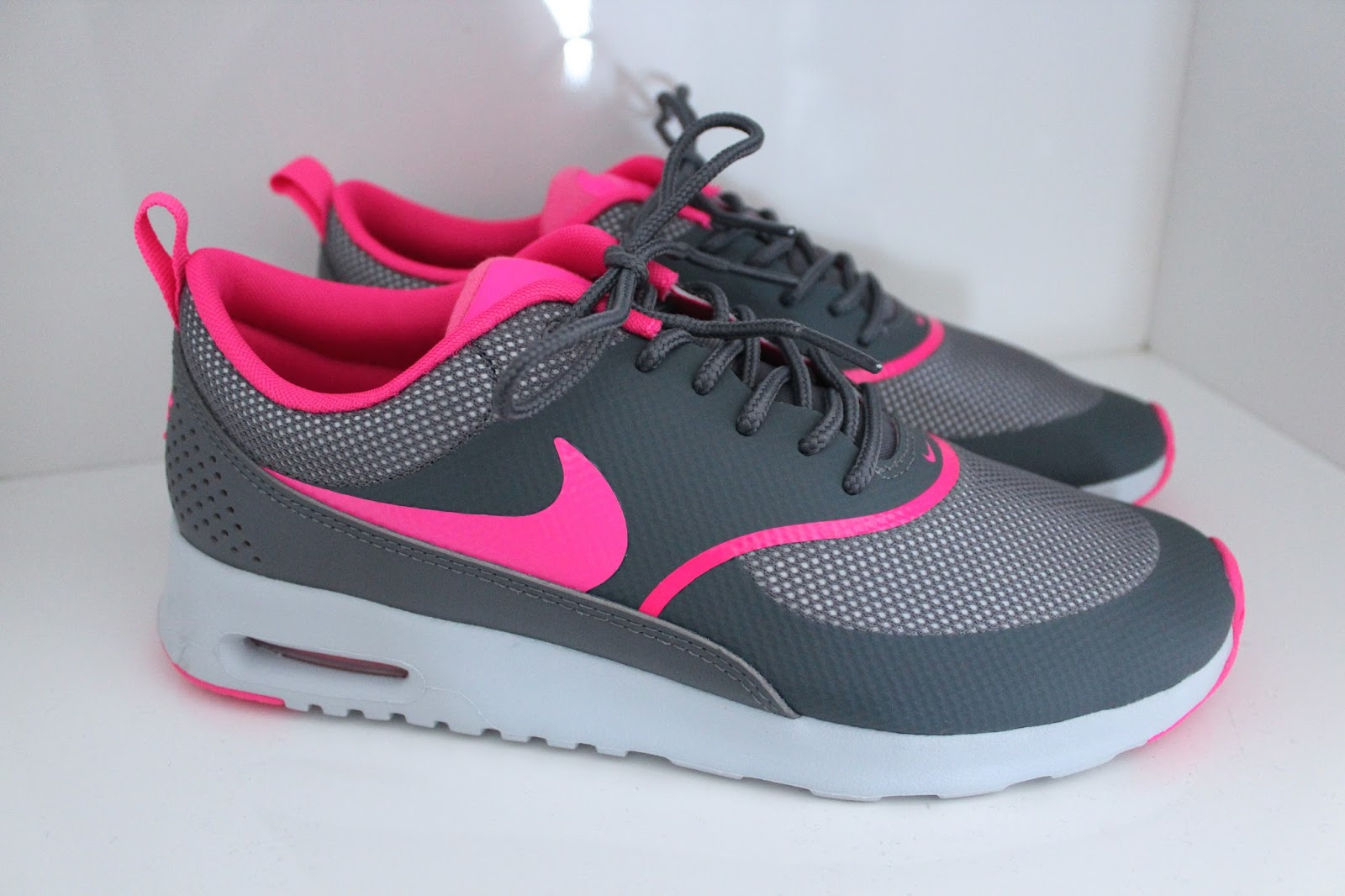 Nike Thea Blue And Pink