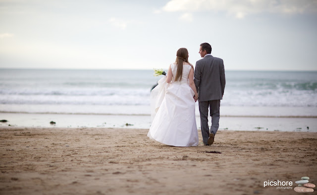 Watergate Bay cornwall wedding Picshore Photography beach wedding in cornwall