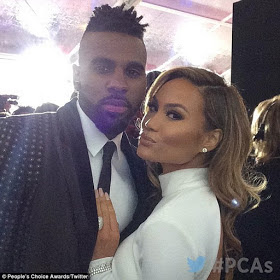 Jason Derulo and girlfriend Daphne Joy make official red carpet debut at the People's Choice Award 1