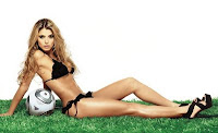 Cristina Hurtado en bikini revista Don Juan