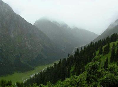 kyrgyzstan tours, kyrgyzstan art craft traditions, kyrgyzstan holidays