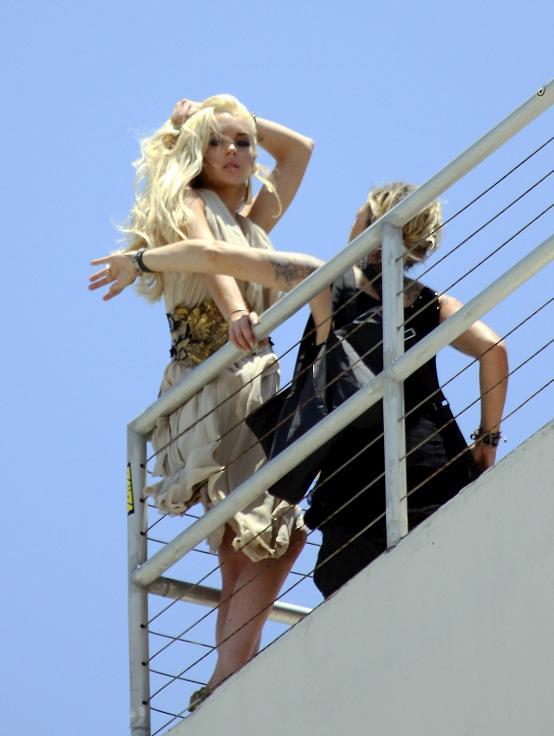 lindsay lohan miami photo shoot. Lindsay Lohan shooting for