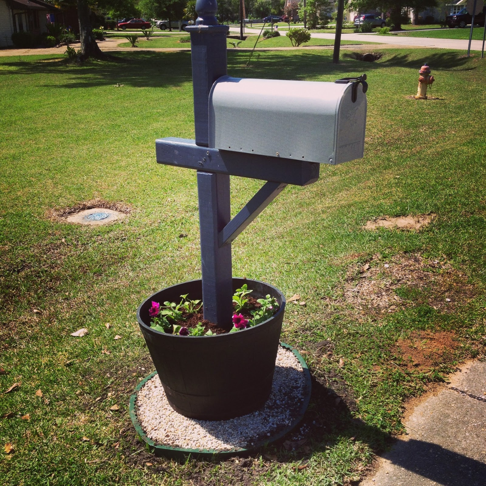 Mailbox Post Ideas My mailbox is now one of a