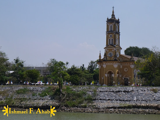 Ayutthaya Historical Park - Church by the River
