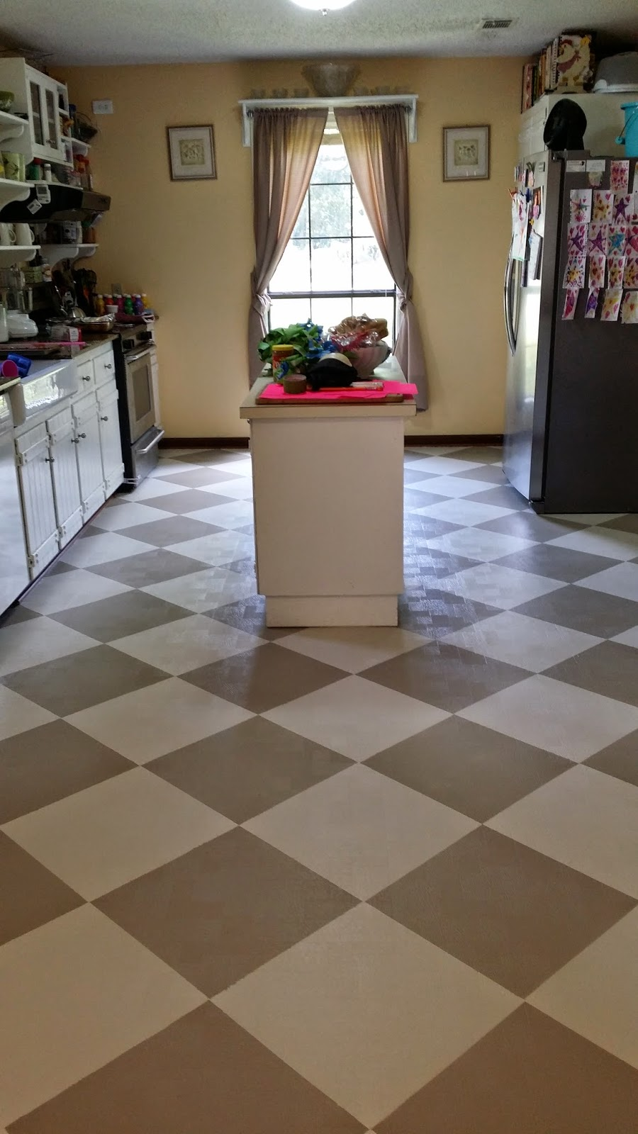 The virtuous wife how i painted my linoleum floors for Can linoleum be painted
