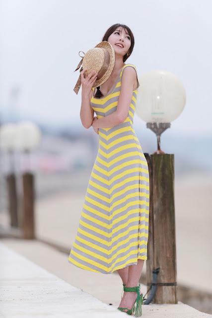 3 Lovely Shin Sun Ah Outdoor  - very cute asian girl - girlcute4u.blogspot.com
