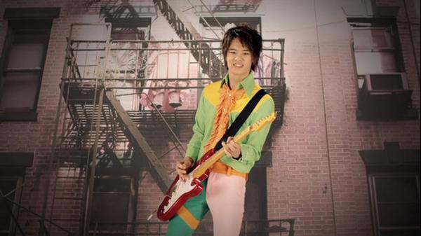 http://2.bp.blogspot.com/-LM46TyhhxHM/Tn-HyYlt7GI/AAAAAAAAAiE/Ip2x9bzU5aI/s1600/Okamoto_Guitare.jpg