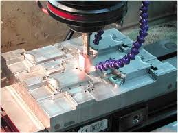 Belajar Mengenal Proses EDM ( Electrical Discharge Machining ).
