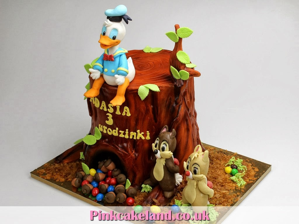 Donald Duck, Chip and Dale Birthday Cake, London