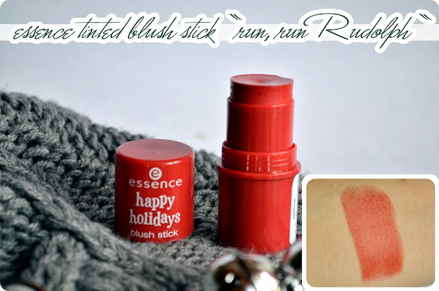 Review essence Happy Holidays LE - Blush Stick RUN, RUN RUDOLPH