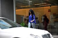 Shahrukh Khan meet the Hrithik Roshan at Hinduja Hospital after successful brain surgery