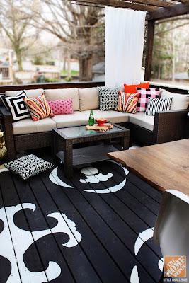 czarne drewno balkon