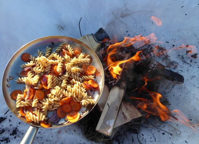 Mat över öppen eld
