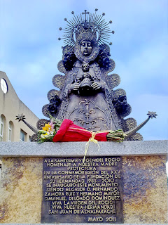 San Juan de Aznalfarache - Monumento a la Virgen del Rocío 02