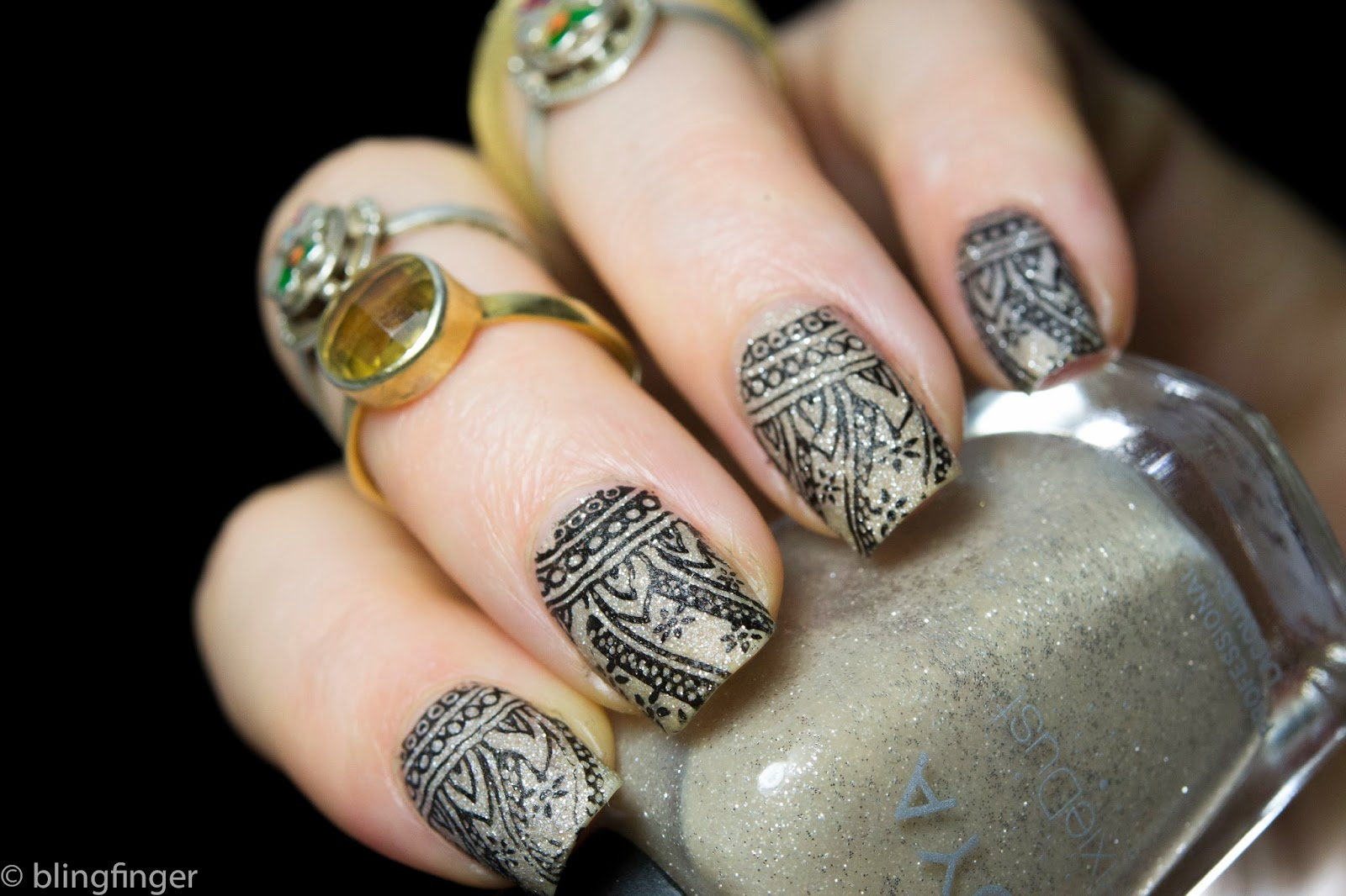 29 Popular Henna Nail Art Designs Makedes