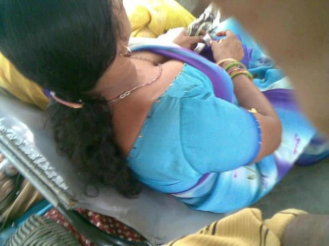indian real life downblouse № 74734