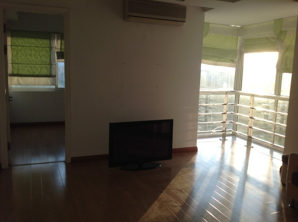 apartment for rent in hanoi rent cheap 3 bedroom