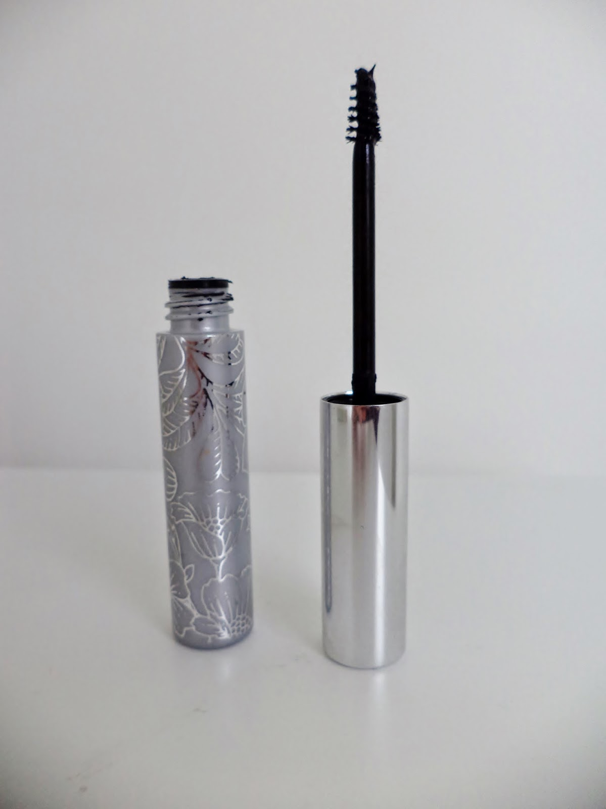clinque bottom lash mascara