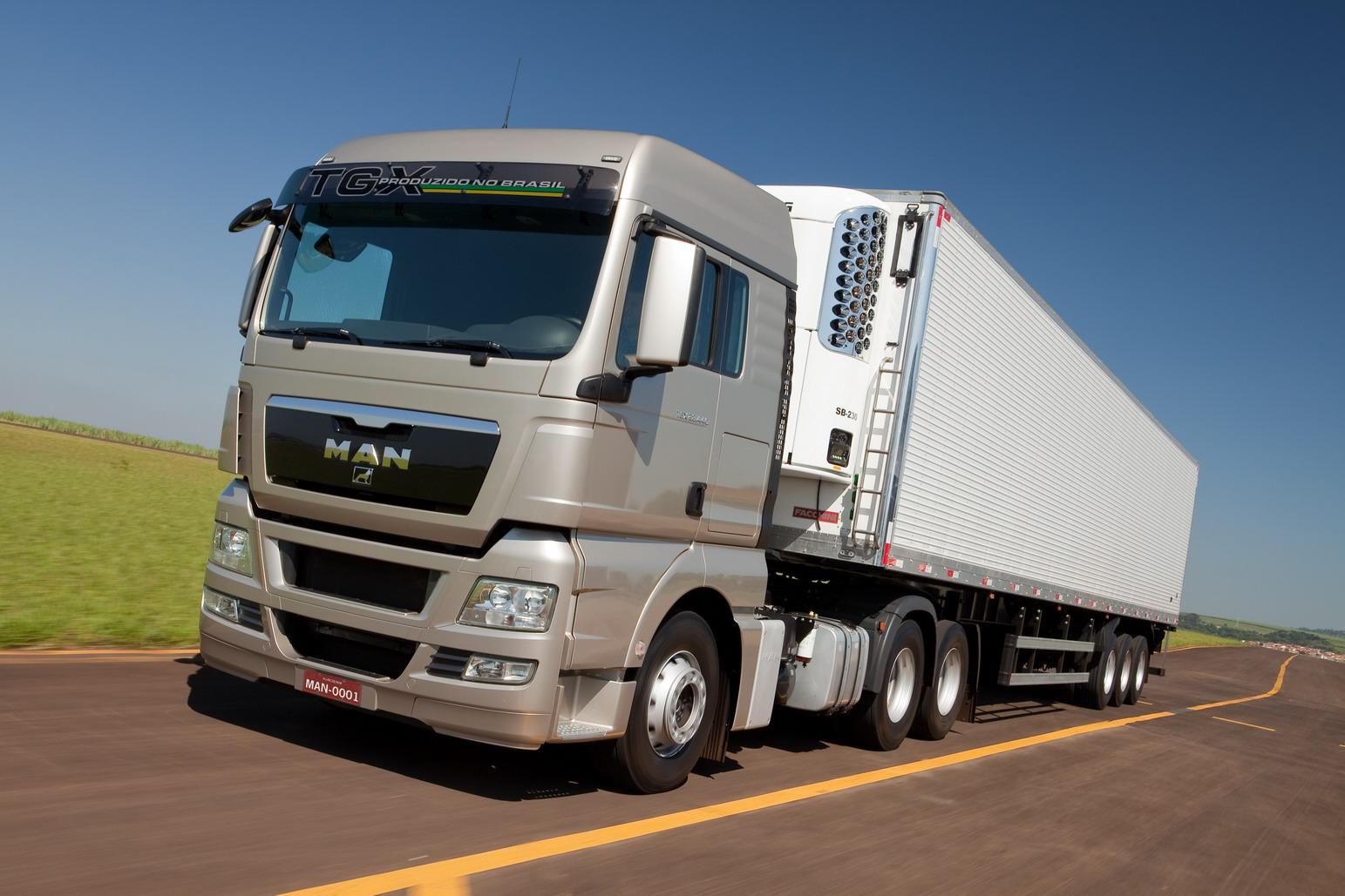 dieciocho ruedas inter s en introducir camiones 6x4 6x2. Black Bedroom Furniture Sets. Home Design Ideas