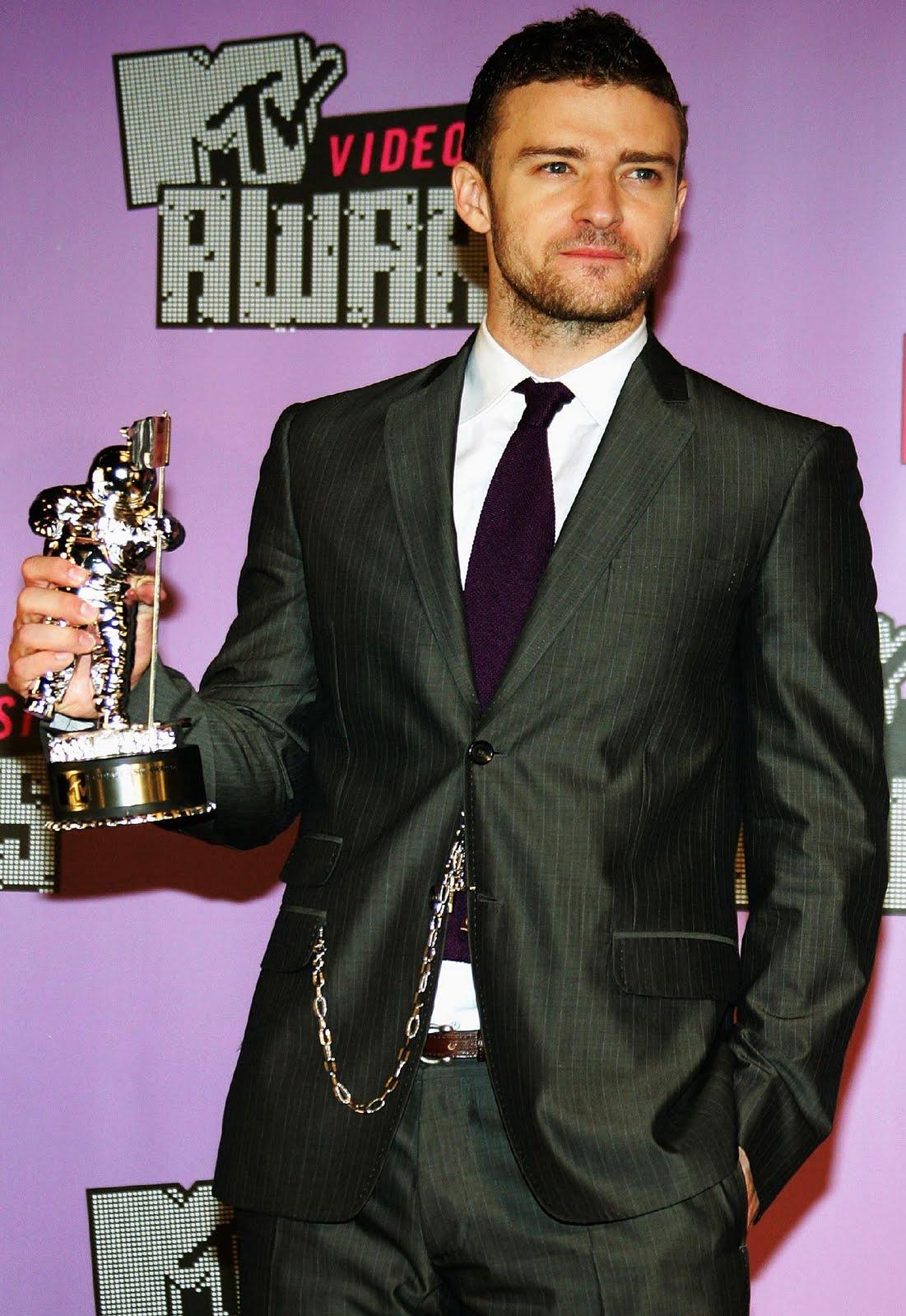 http://2.bp.blogspot.com/-LNZa_qe9cCM/TfLPnjctRII/AAAAAAAAAKs/IT5VSKGxOlo/s1600/Justin-Timberlake-photo-003.jpg