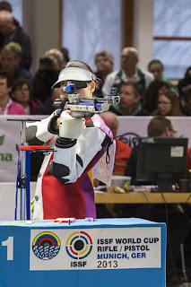 Yi Siling (China) - Carabina de Ar 10m - Final da Copa do Mundo ISSF de Carabina e Pistola 2013 - Foto: ISSF/ Reprodução