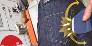 Pembobolan data kartu kredit, kejahatan kartu kredit