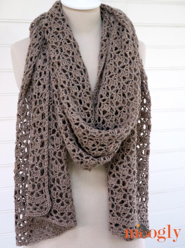 Knit Ruana Pattern Free : Fiber Flux: Autumn Shawls...12 Free Crochet Patterns