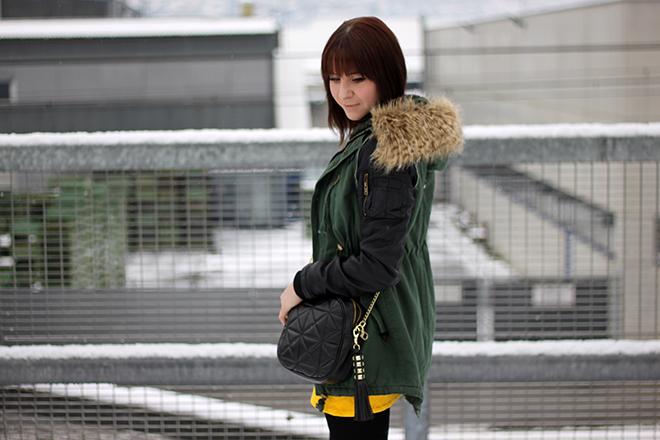 outfit-trend-fashionblogger-gelbes-kleid-anzueglich-onlineshop-fairtrade-boots-isabel-marant-pour-hm-tasche-steve-madden-sarenza
