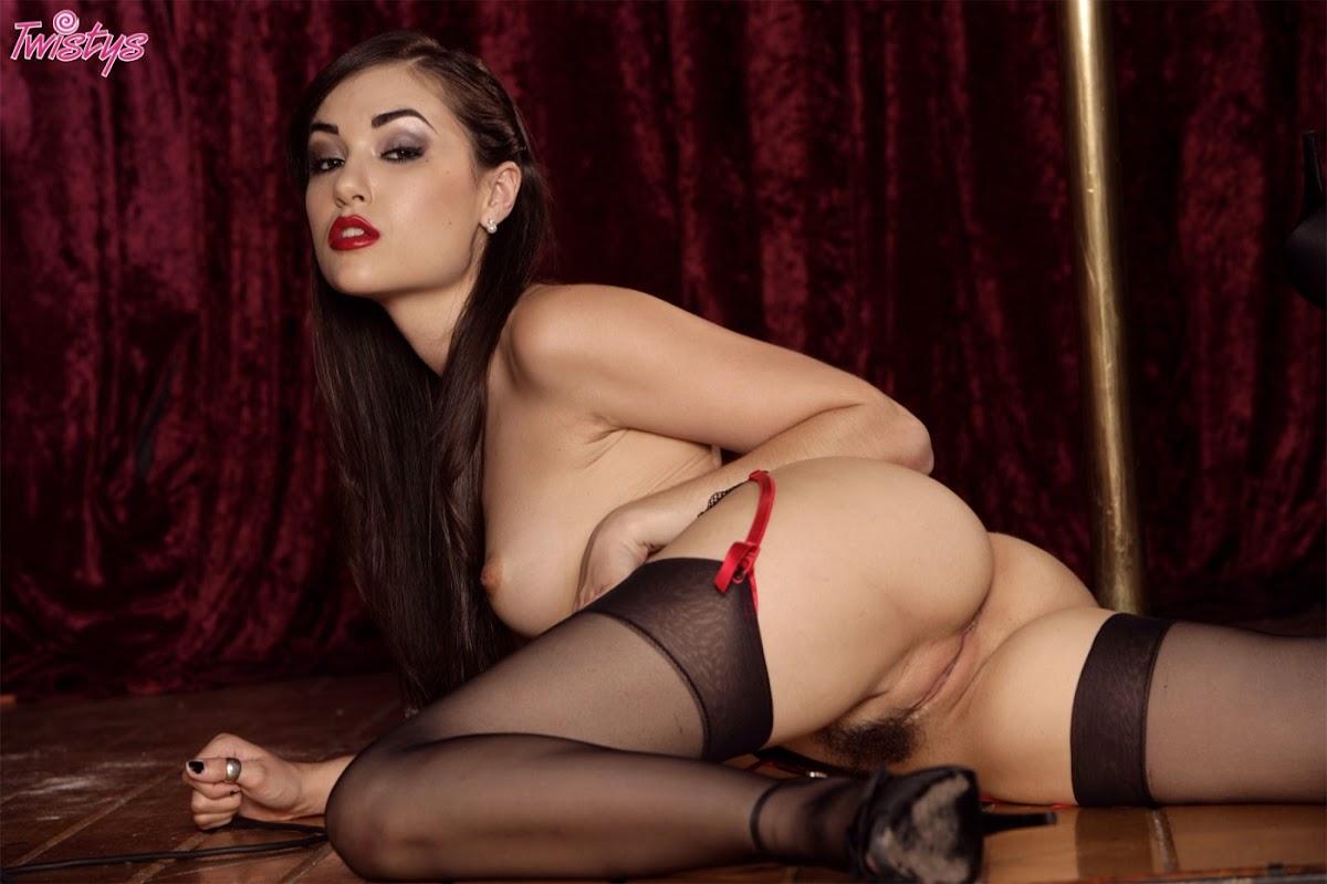 http://2.bp.blogspot.com/-LNxUlaTUeeQ/UMExu6yJS2I/AAAAAAAABUM/2XO18bXLRGQ/s1200/0014-sasha_grey_00394_14.jpg