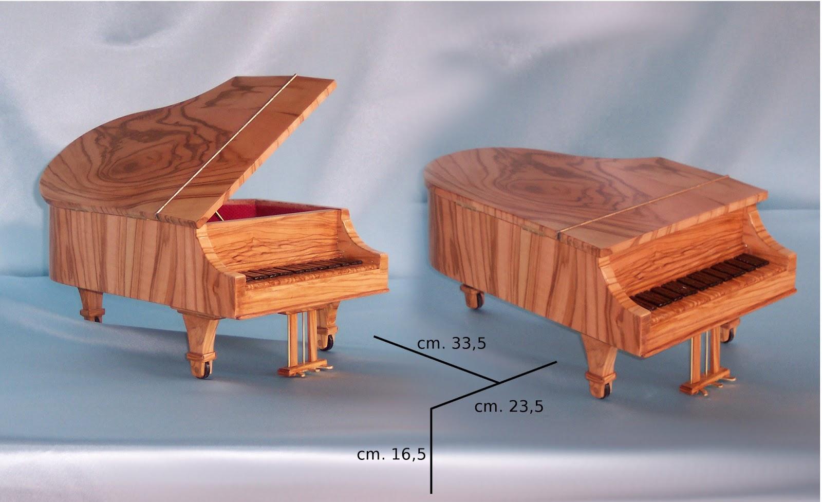Creazione di piccoli oggetti in legno