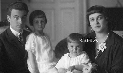 Karl August von Thurn und Taxis avec son épouse et leurs filles