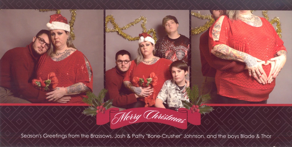 The best and worst viral christmas cards on socialmedia social josh brassows fake family m4hsunfo