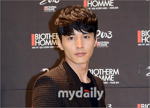 han hye jin and ki sung yong dating Han hye-jin (hangul: han mengkonfirmasikan pada maret 2013 bahwa ia berkencan dengan pemain sepak bola ki sung-yueng, dan.