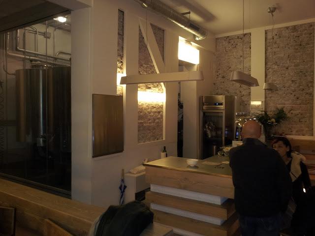 Fabrica Malasaña_fabrica y bar de cerveza artesanal