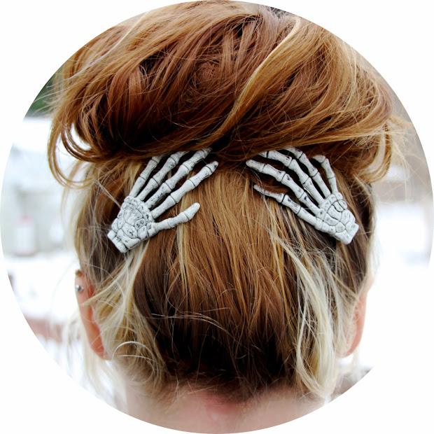 skeleton hand hair clips spicytec
