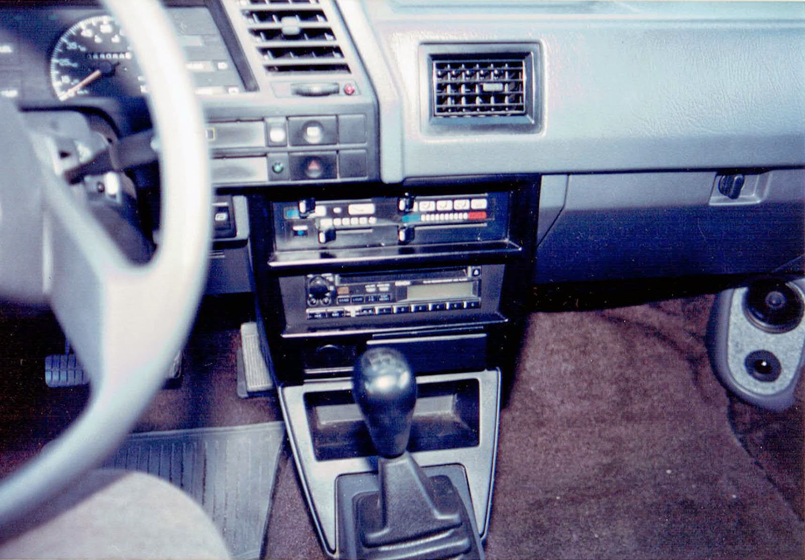 Photo of the dash in Alberto A Lopez's 1991 Red NIssan Sentra