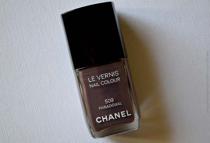 Chanel Nail Polish Paradoxal 509 - NOTD Swatches Review Photos