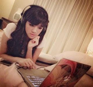 Foto+Seksi+dan+Biodata+DJ+Una12 Biodata DJ Una Dahsyat dan Foto Seksinya