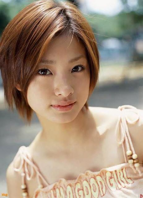 Aya Ueto artis Jepang