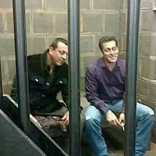 Celebrity News Portal: Salman khan comes to meet Sanjay ...