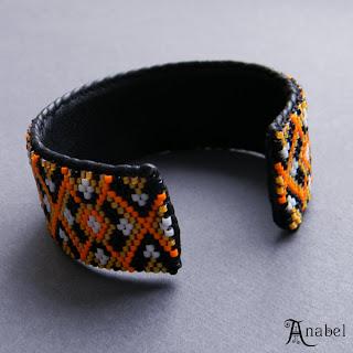 мозаичный браслет из бисера, пейот, мозаика, бисероплетение