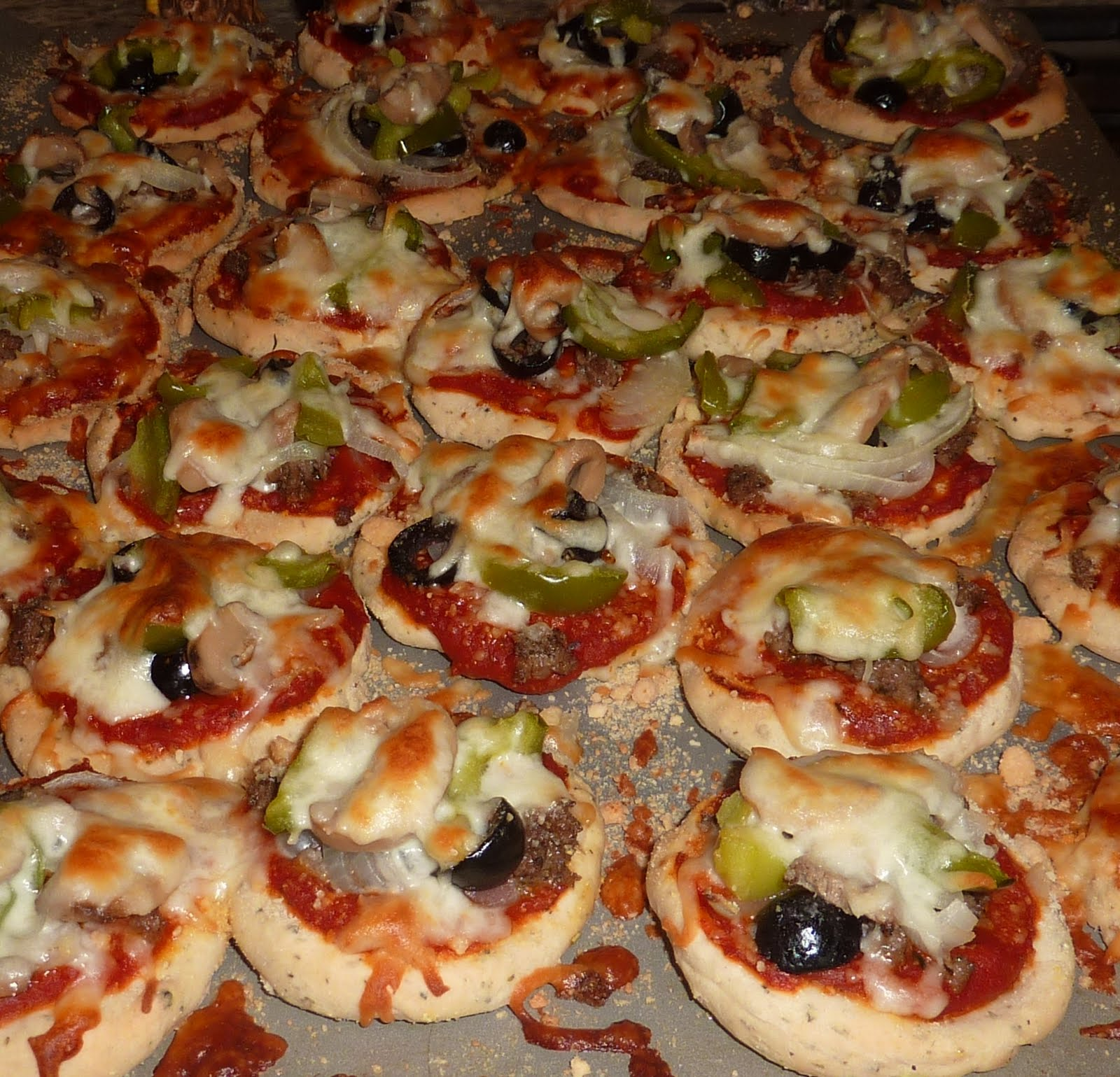 Creative Hospitality: Do-Ahead Mini Pizza Appetizers