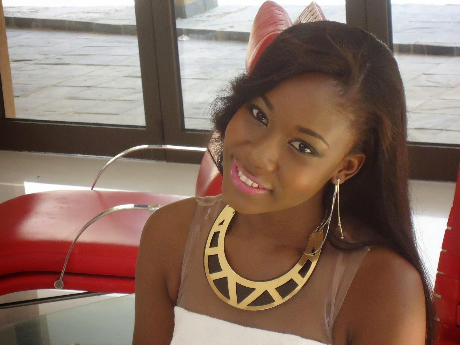 Fotos da cantora mocambicana jenny 30