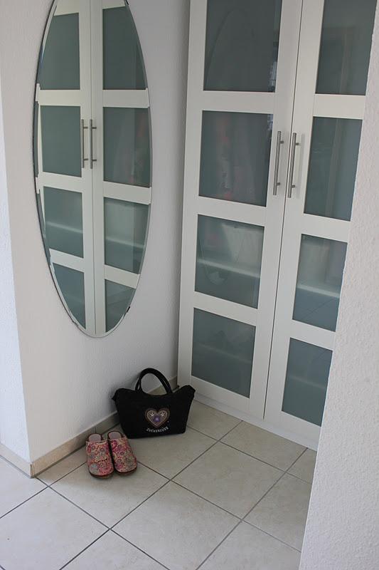 donnerstag ordnungstag endlich ordnung beim fr ulein im flur fr ulein ordnung. Black Bedroom Furniture Sets. Home Design Ideas