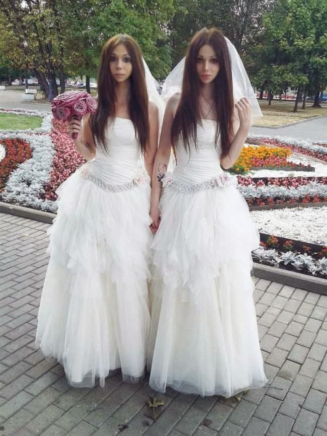 pasangan pengantin, pasangan unik, pasangan kekasih, androgini, berbie, pasangan kembar