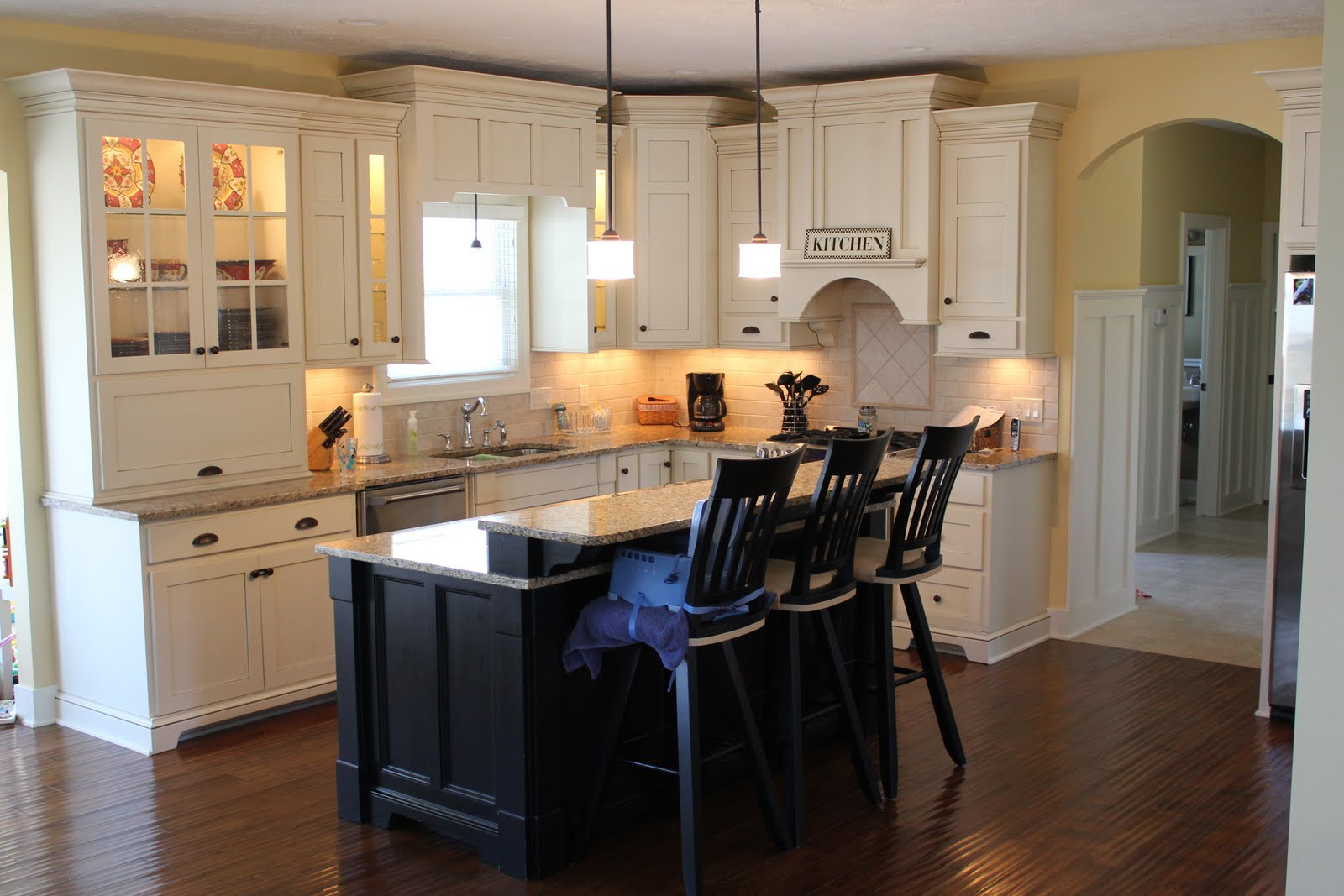 Kitchen Island Cabinets with Different Color
